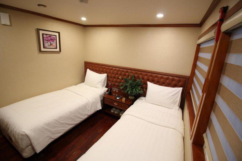 khách sạn Hạ Long trên thuyền