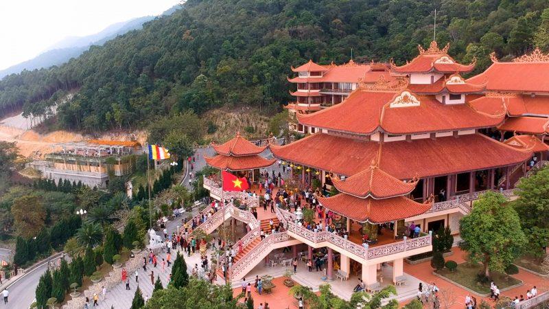 Du lịch tâm linh Quảng Ninh