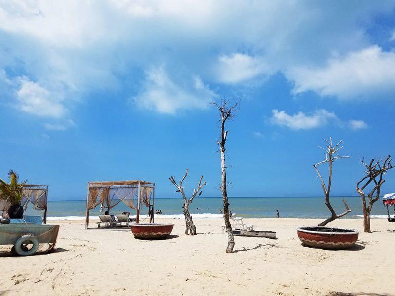 Bãi biển Cam Bình – Lagi