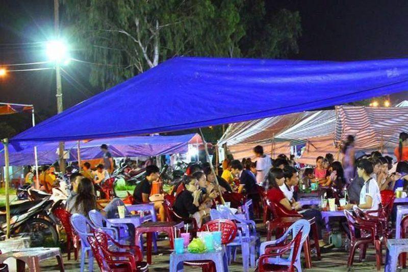 chợ quần áo giá rẻ Sài Gòn