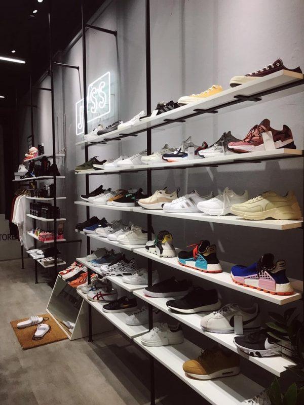 các shop giày auth ở hà nội