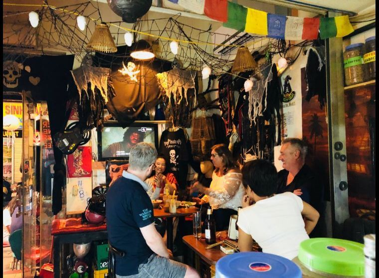 Pub Tây ở Hà Nội