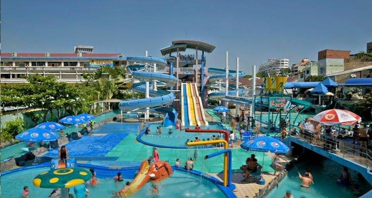 khu vui chơi Sài Gòn có hồ bơi