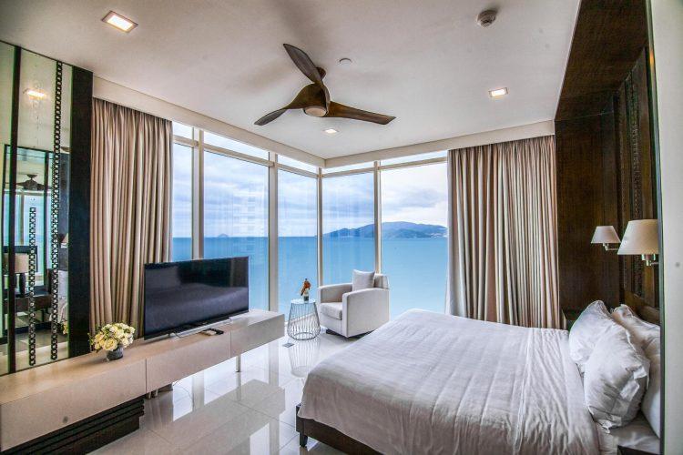 View biển nhìn từ phòng vô cùng thơ mộng