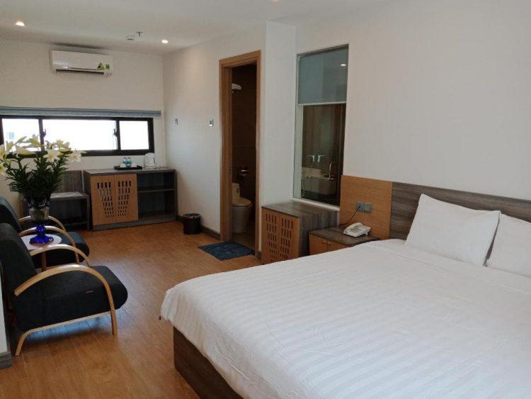 khách sạn 2 sao nha trang gần biển