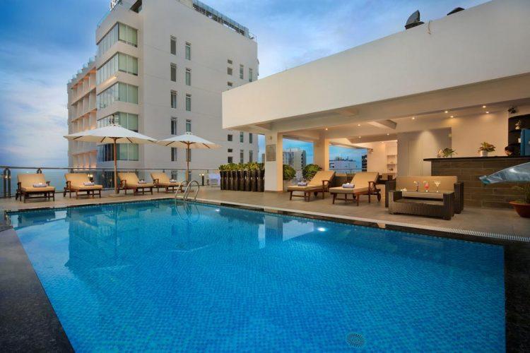 khách sạn 4 sao tốt nhất Nha Trang