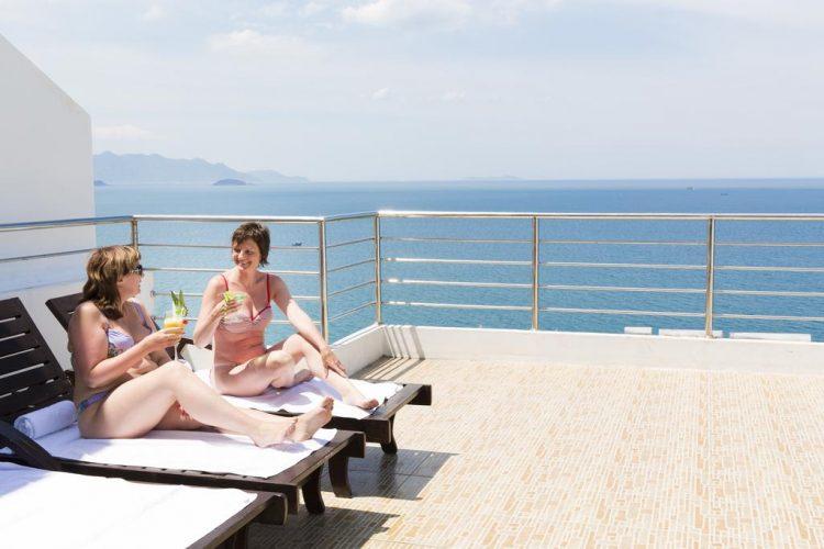 Khách sạn 3 sao view biển nha trang
