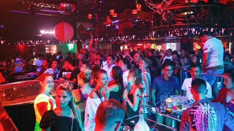 quán bar nha trang