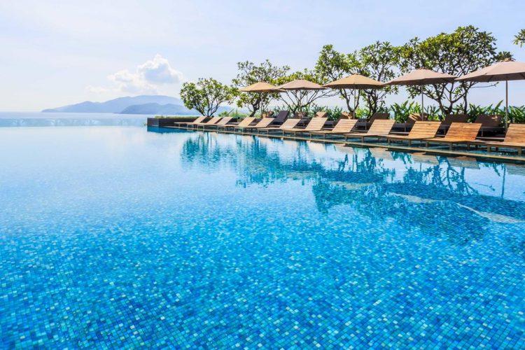 View Hồ Bơi cực sang chảnh tại Sheraton Hotel Nha Trang
