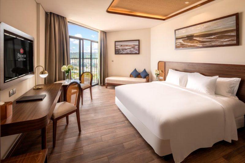 khách sạn 5 sao gần chợ đêm Phú Quốc