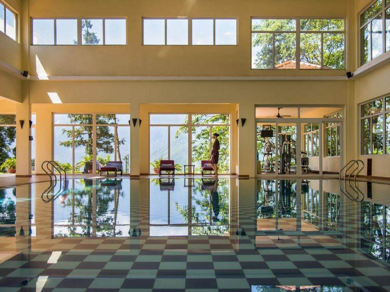 khách sạn Sapa có bể bơi vô cực