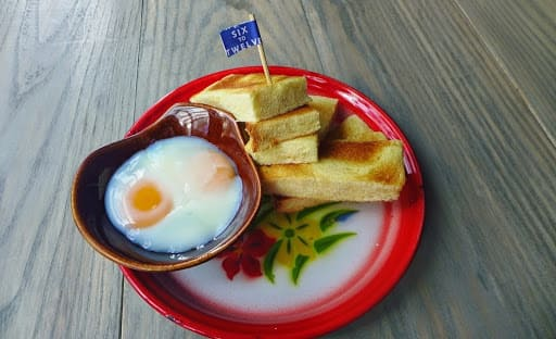 món ăn sáng ở bangkok