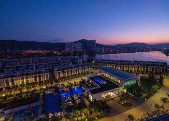 khách sạn Hạ Long view biển có