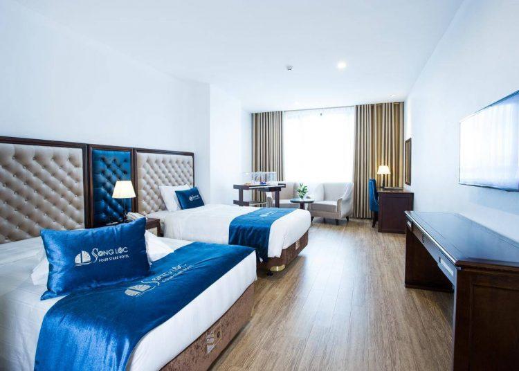 Khách sạn Hạ Long view đẹp
