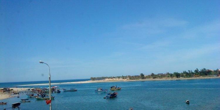 Cảnh đẹp ở Quảng Bình Biển Nhật Lệ