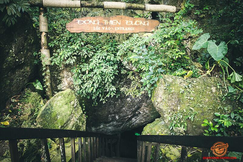 Tour Quảng Bình khám phá 2 động