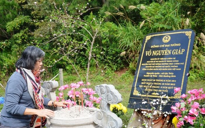 Tour viếng mộ Võ Nguyên Giáp 1 ngày