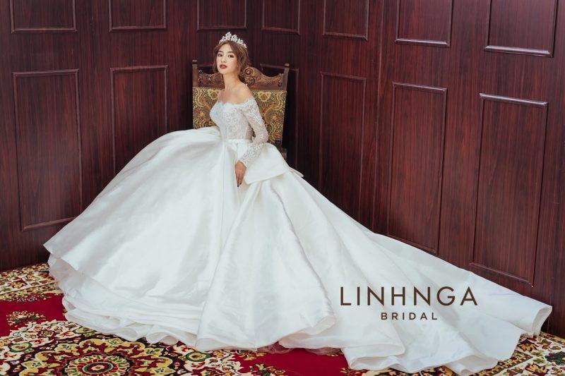 thuê áo dài cưới sg