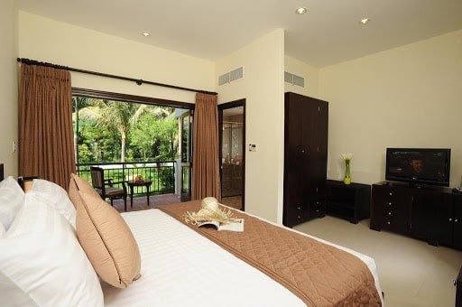 Khách Sạn Nha Trang Có Bãi Biển Riêng - Diamond Bay Resort & Spa Nha Trang