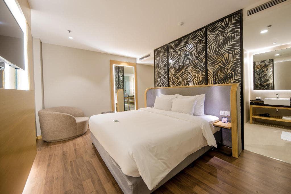 Khách Sạn Nha Trang Có Bĩa Biển Riêng - Quinter Central Nha Trang