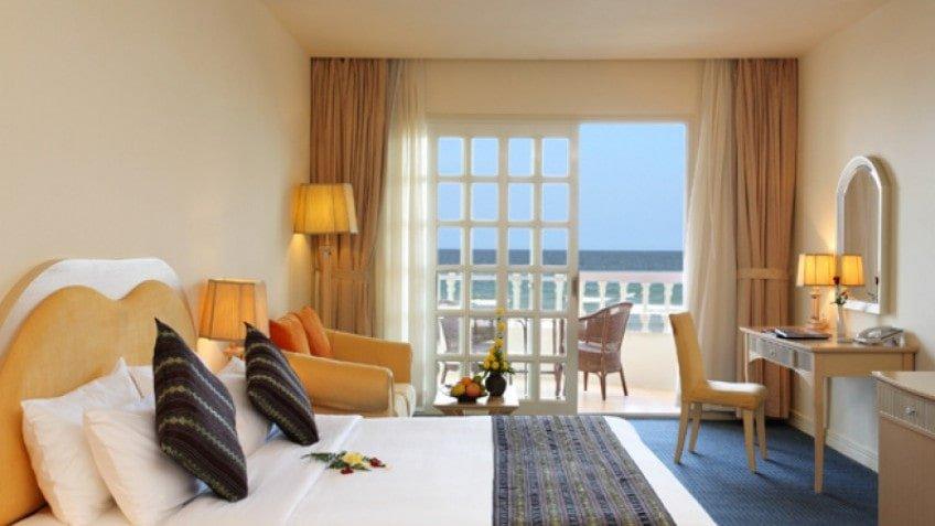 Khách Sạn Nha Trang Có Bãi Biển Riêng - Sunrise Nha Trang Beach Hotel & Spa