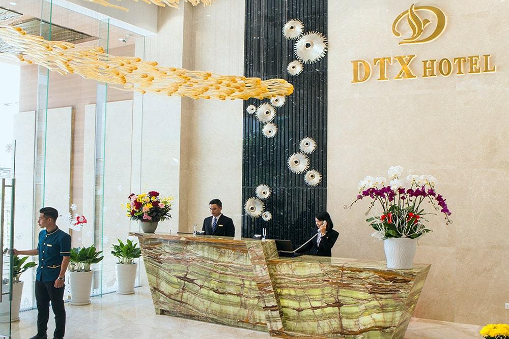 Khách Sạn Nha Trang Có Bể Bơi Vô Cực - DTX Hotel Nha Trang