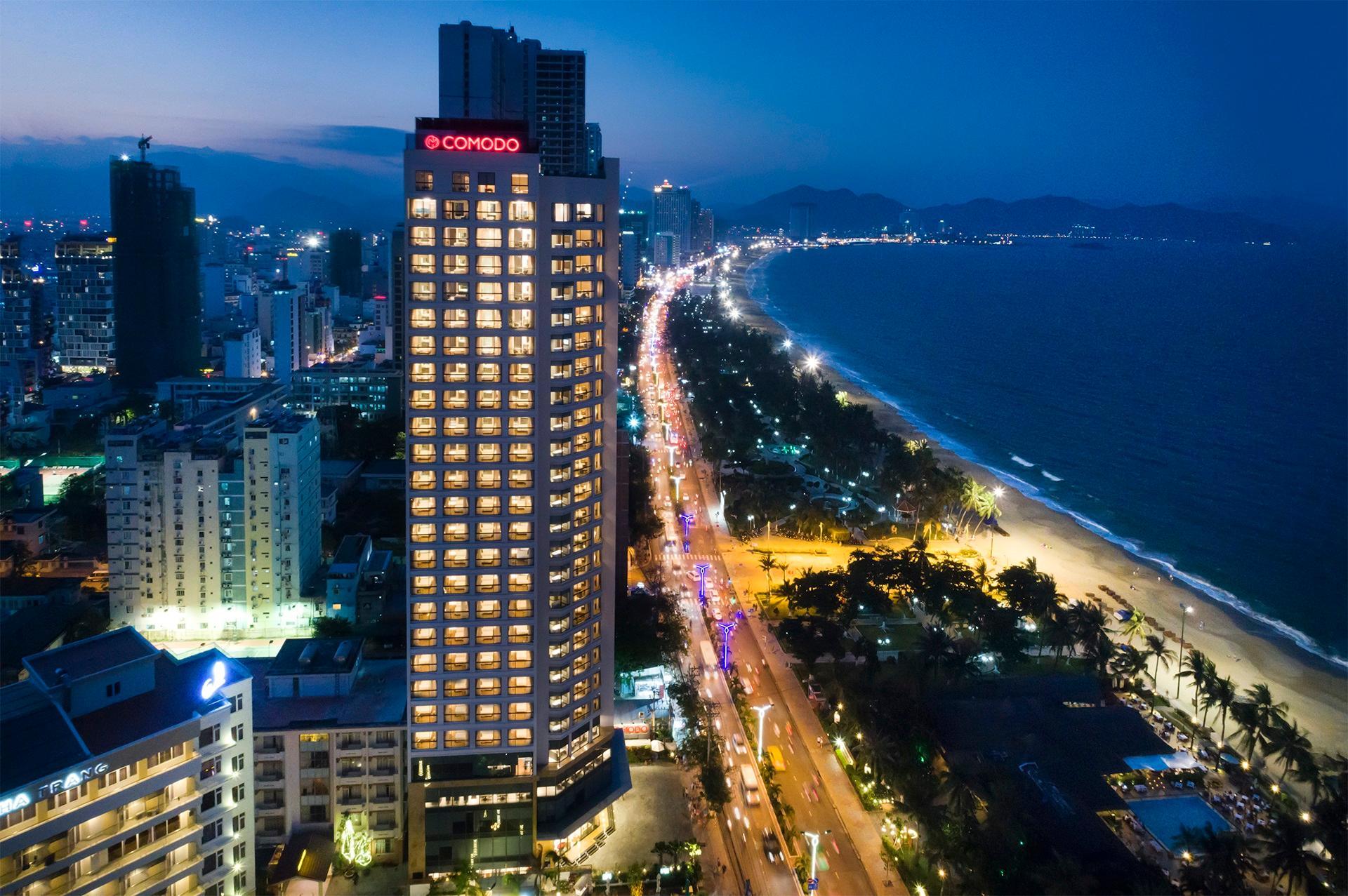 Khách Sạn Nha Trang Có Bể Bơi Vô Cực - Comodo Nha Trang Hotel