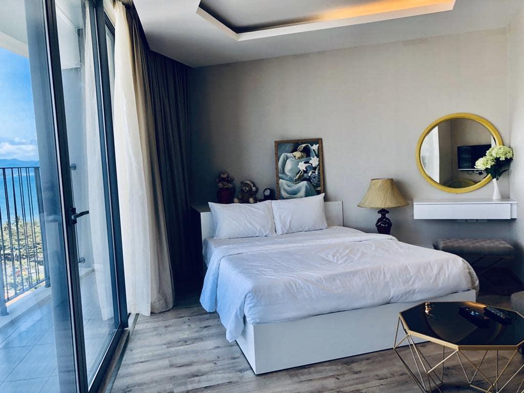Khi bạn đặt phòng chất lượng tốt với trang thiết bị tiện nghi thì các khách sạn 4 sao Nha Trang. Bạn đang băn khoăn với nhiều lưa chọn. Sayhi sẽ giới thiệu đến các bạn top 20 khách san Nha Trang 4 sao gần biển chất lượng.