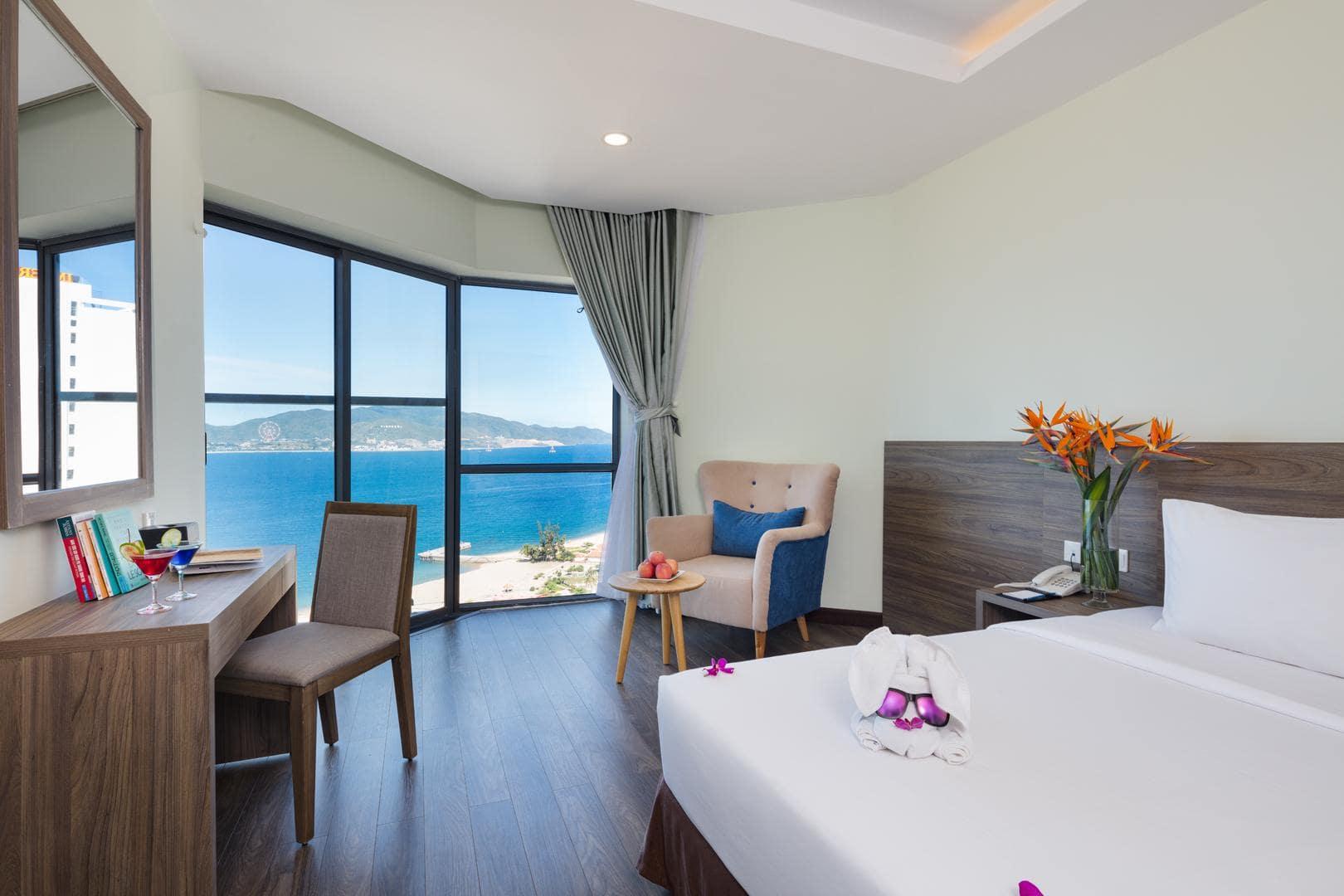 khách sạn nha trang 4 sao gần biển