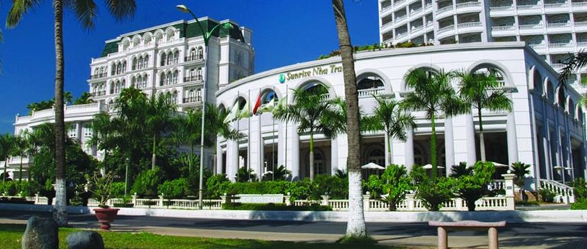 Khách Sạn Gần Bến Xe Nha Trang - Sunrise Nha Trang Beach Hotel & Spa