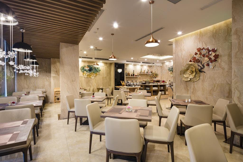 Khách Sạn Nha Trang Hướng Biển - Aaron Hotel Nha Trang