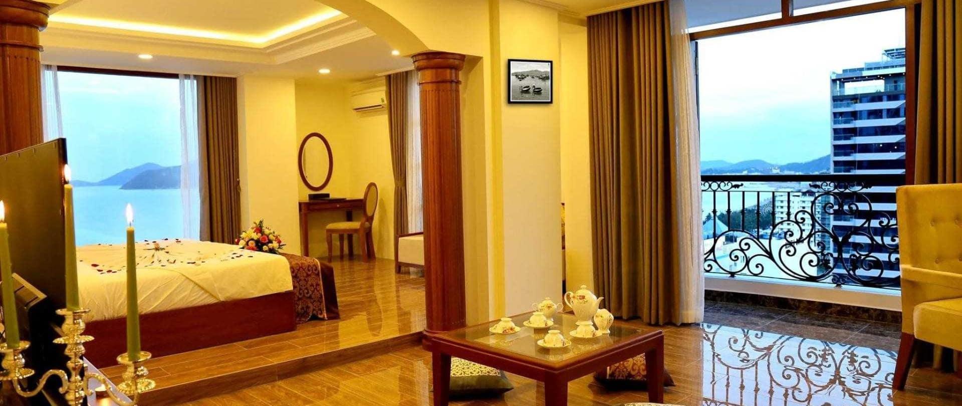 Khách Sạn Nha Trang Hướng Biển - Apus Hotel Nha Trang
