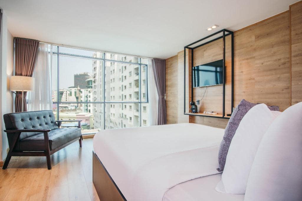 Khách Sạn Nha Trang Gần Biển - Chill Suites Nha Trang