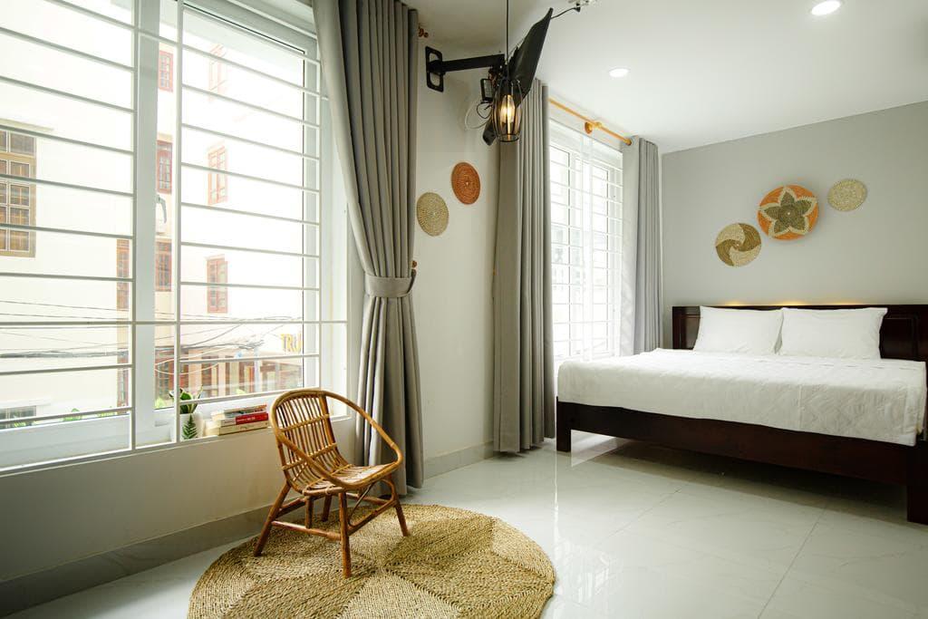 Khách Sạn Nha Trang Gần Biển - Livin' Hub Nha Trang