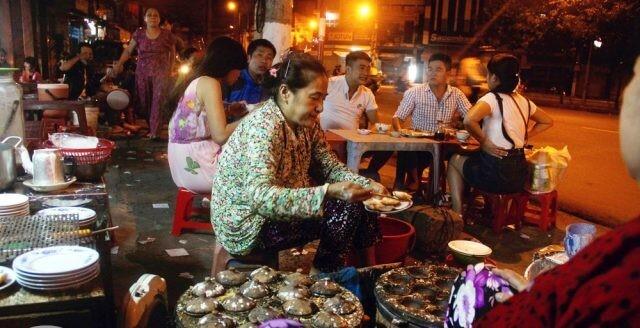Bánh Căn Hải Sản Nha Trang