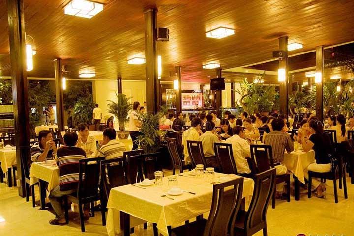 nhà hàng sang trọng tại nha trang